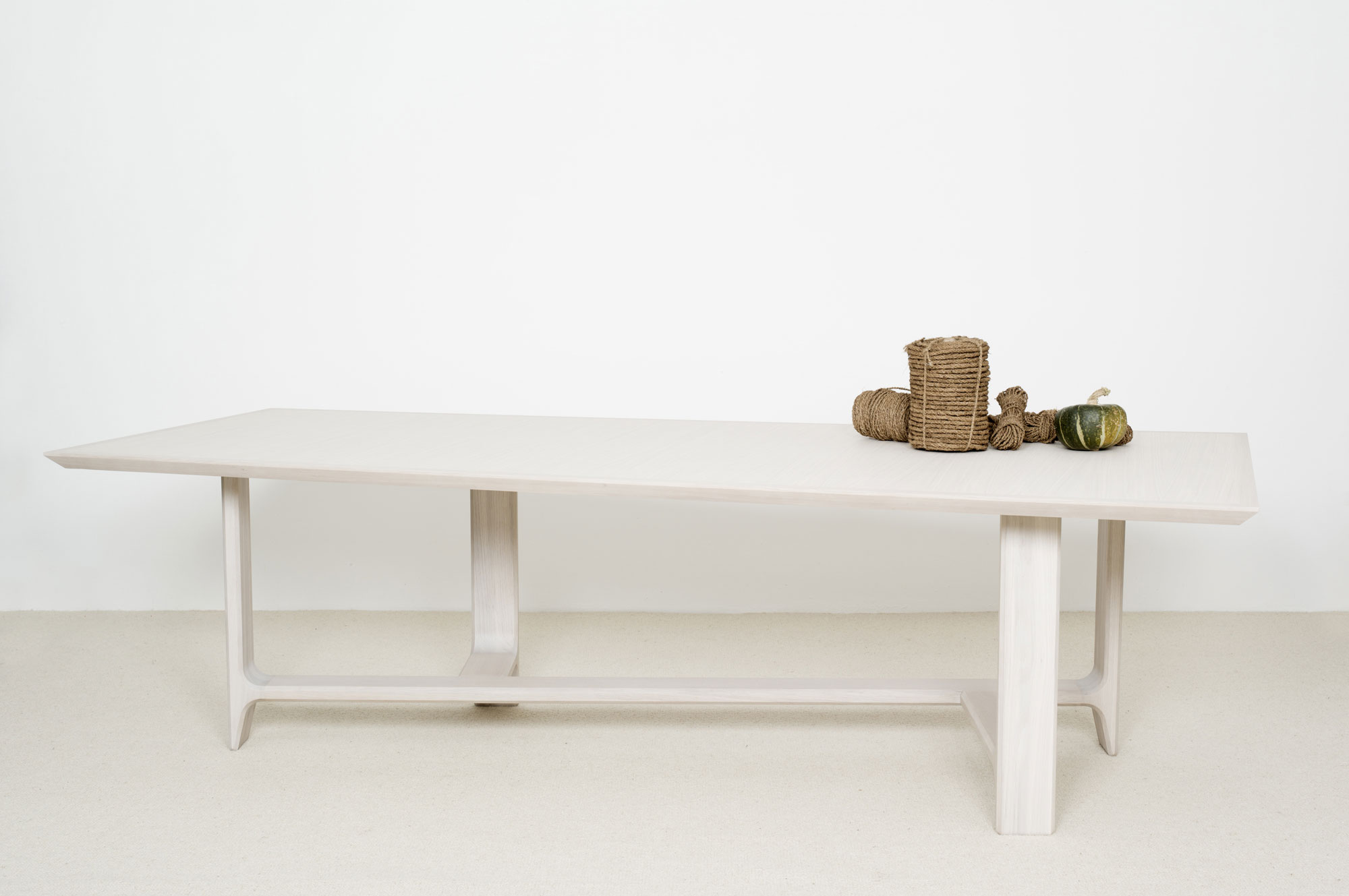 Aha Table - Christophe Delcourt