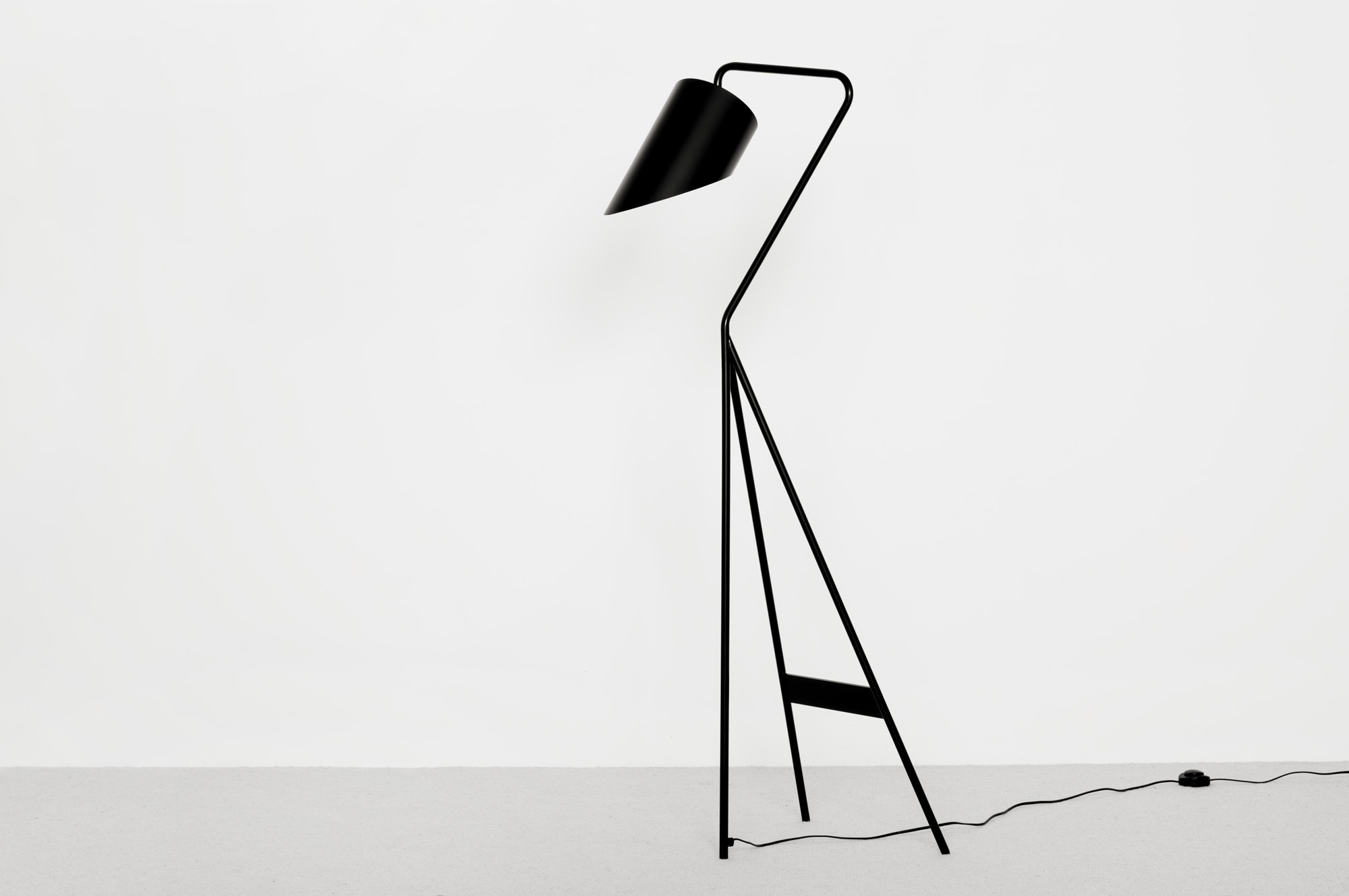 Swn Floor Lamp - Christophe Delcourt