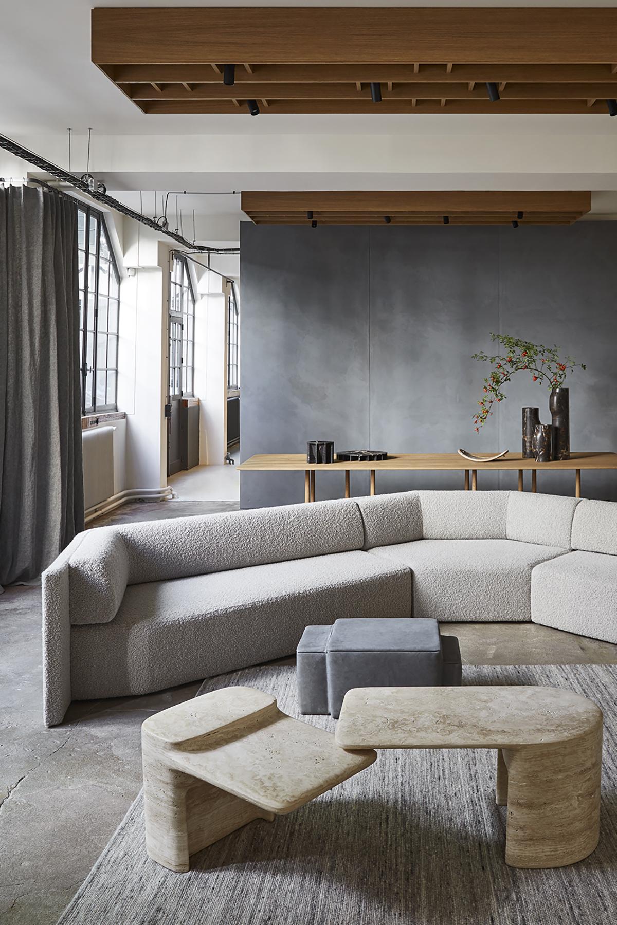 Declourt Collection - EKO sofa - TYE table