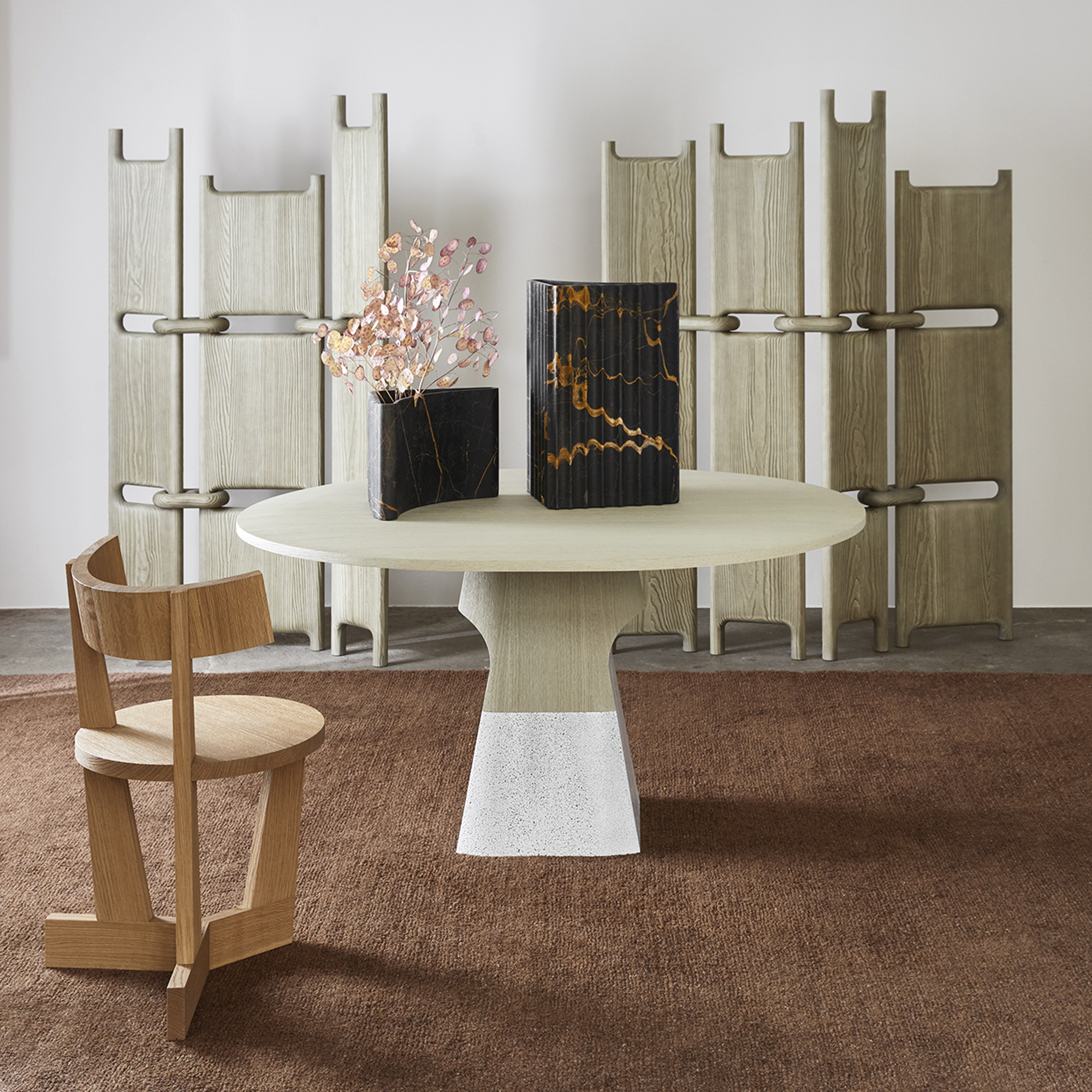 Delcourt-Collection-ISA-table-ENZ-chair
